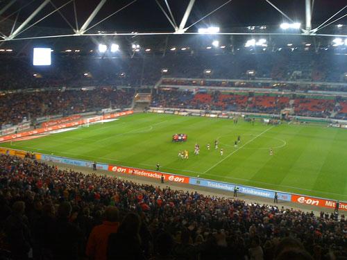 Der traditionelle Kreis des FC St. Pauli nach dem Spiel